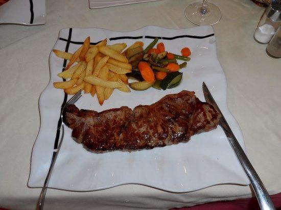 Il Teatro: Nice Steak