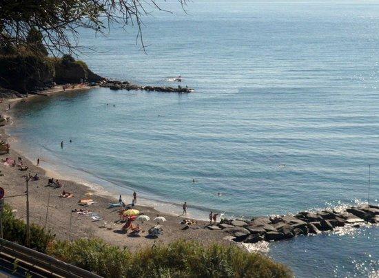Camping Monti e Mare Alassio: panoramica dalla piazzola