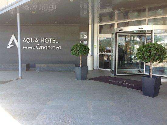 Aqua Hotel Onabrava & Spa : entrée de l'hôtel