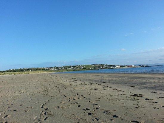 The Beach Hotel : Mullaghmore Beach