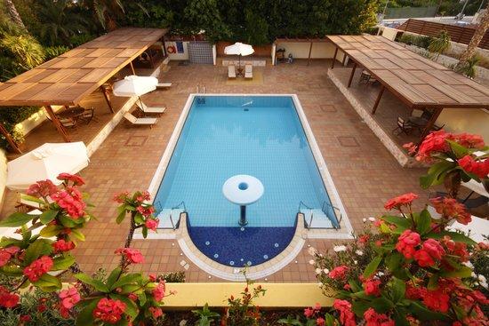 Sitia Bay Hotel: Swimming pool