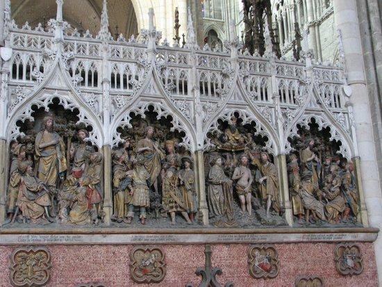 Cathédrale Notre-Dame d'Amiens : Exquisite carvings