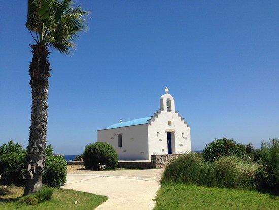 Poseidon of Paros : chiesetta