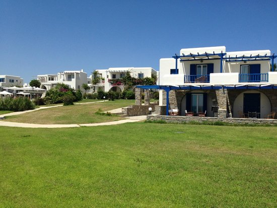 Poseidon of Paros : resort