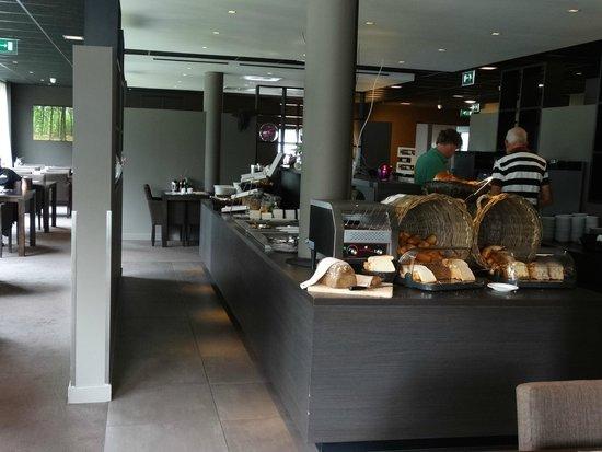 Fletcher Hotel-Restaurant Stadspark: Ruimte voor het ontbijt
