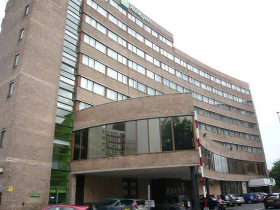 Holiday Inn Preston: facade