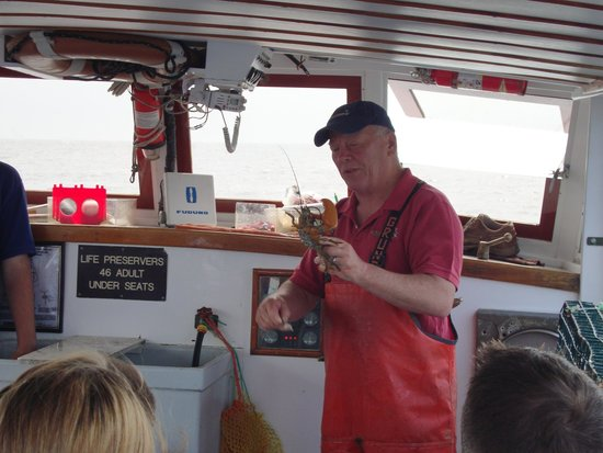 Finestkind Scenic Cruises : Capt Tom