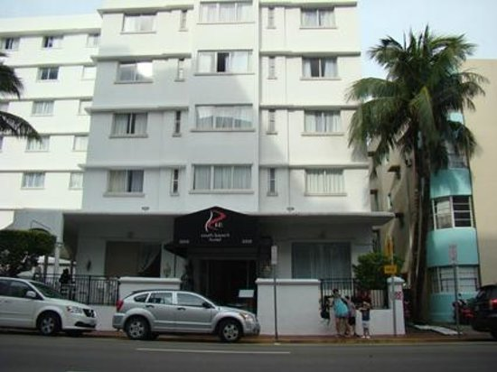 Red South Beach Hotel: FACHADA DEL HOTEL
