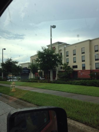 Hampton Inn & Suites Tampa East (Casino Area): Exterior