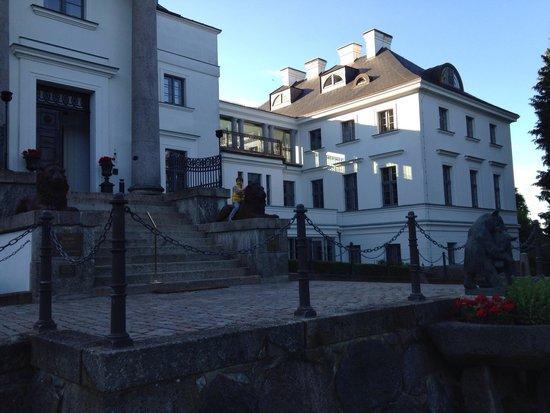 Schlosshotel Burg Schlitz: Eingang Burg Schlitz