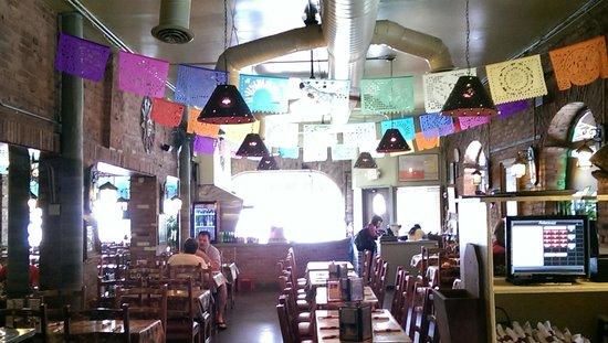 Los Galanes : indoors