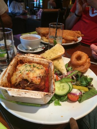 Bowness-on-Windermere, UK: Lasagne