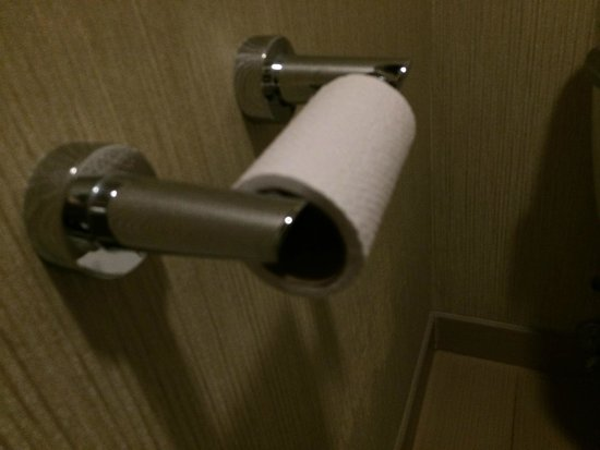 Embassy Suites by Hilton Mandalay Beach - Hotel & Resort: Barely any toilet paper upon check in