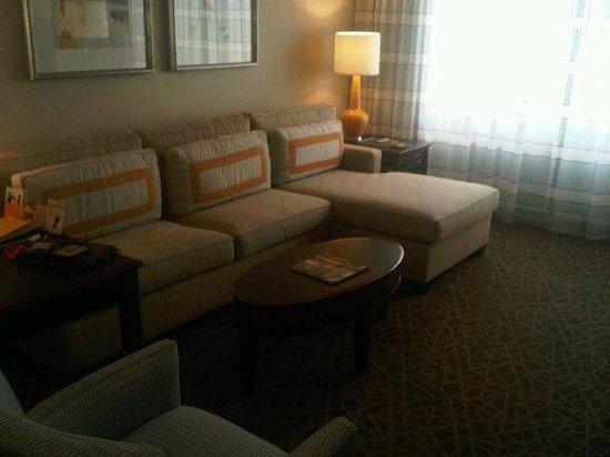 Hyatt Regency Suites Atlanta Northwest : Sitting Room