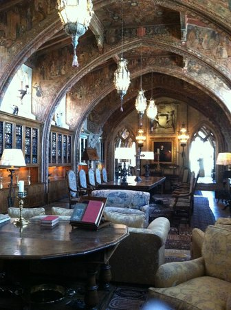 Hearst Castle : Heart Library