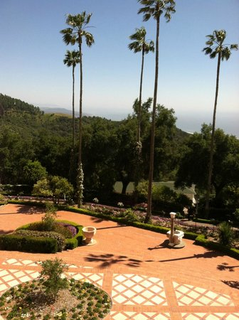 Hearst Castle : Hearst Plaza