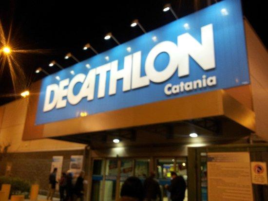 Tecnologia elettronica porte di catania negozi for Negozi di arredamento catania