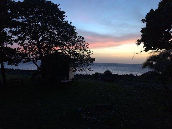 Vivaro Roatan: Sunset off the deck