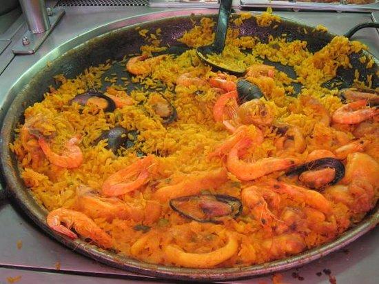 Buffet Las Camelias: paella