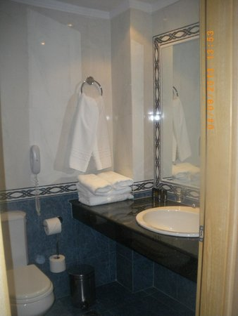 Mitsis Galini Wellness Spa & Resort: bathroom