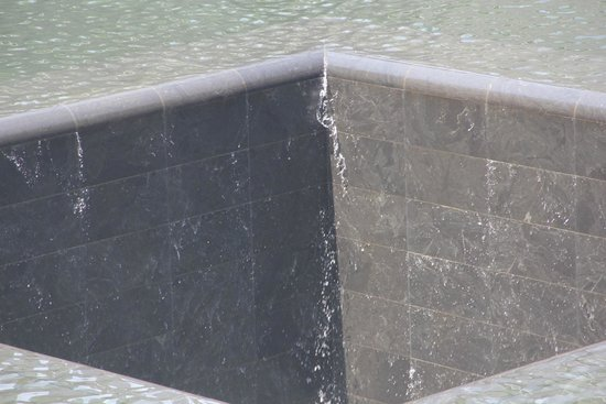 Mémorial du 11-Septembre : L'abisso