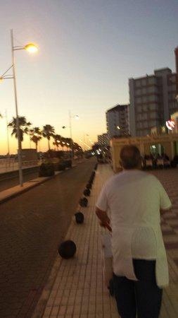 Playa Victoria: La calle