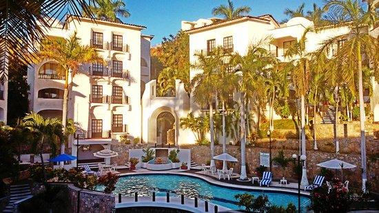 Marina Hotel & Resort: UNA DELICIOSA TARDE DE ALBERCAS.