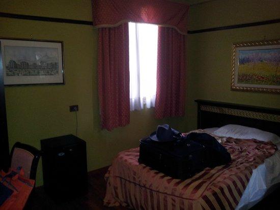 Politeama Palace Hotel : la camera