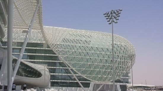 Yas Viceroy Abu Dhabi: Vista esterna