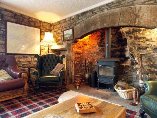 The Wheatsheaf in Wensleydale: Wheatsheaf Guest Lounge