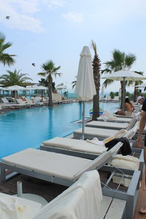 Radisson Blu Resort Split: Pool Area