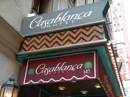 Casablanca Hotel Times Square: Don't miss it - they keep a nice respectable low profile