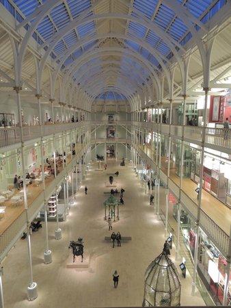 Museo Nacional de Escocia: Vista interna