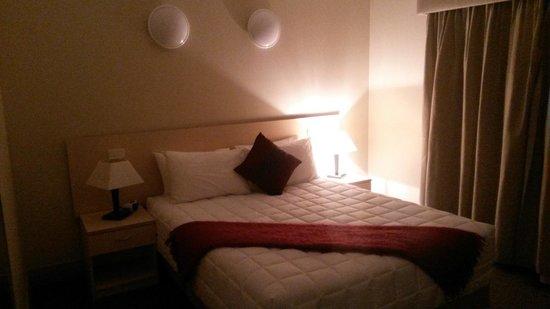 Club Motor Inn: Bedroom