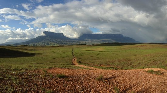 Mount Roraima : Kukenan & Roraima tepui