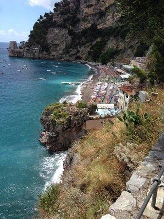 Spiaggia Bar Ristorante La Marinella: dall'alto