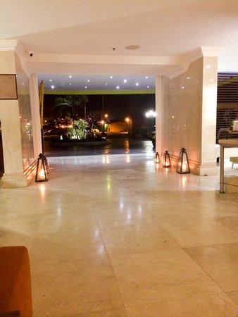 Brickell Bay Beach Club & Spa : Hall