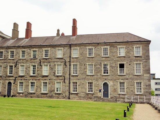 National Museum of Ireland - Decorative Arts & History: Collins Barracks