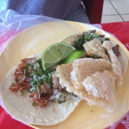 Carnitas Teresita: yummy tacos