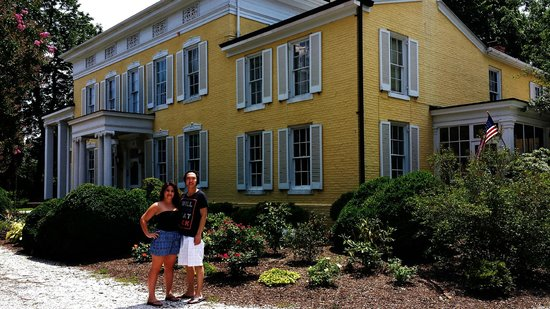 Causey Mansion Bed & Breakfast: The Mansion