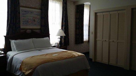 Navy Gateway Inn Pensacola: Bedroom