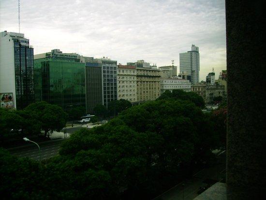 NH Buenos Aires 9 de Julio: vista da avenida