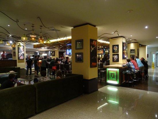 Hard Rock Hotel Cancun : Lobby Bar area