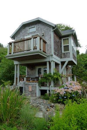 """Shelburne Inn : Audubon """"Cabin"""" at China Beach"""