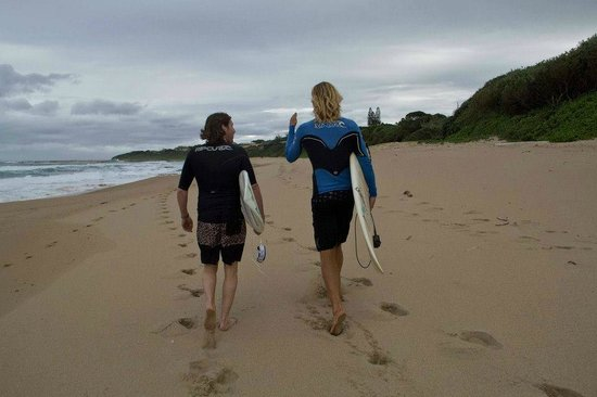 Umzumbe Surf House & Surf Camp: surf with the owner Rich Walters