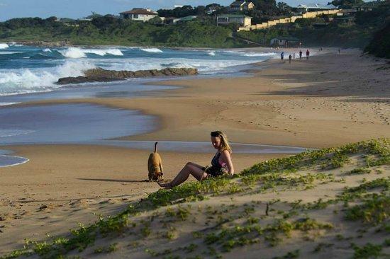 Umzumbe Surf House & Surf Camp: umzumbe beach
