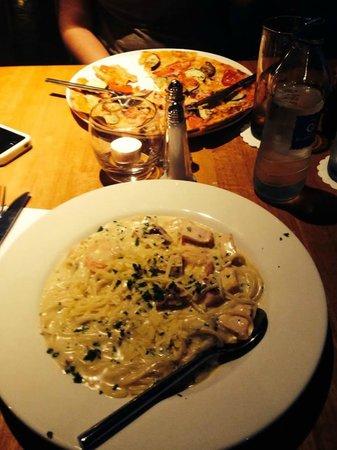 Beresford Hotel: Au restaurant Il Vignardo, spaghettis au poulet et fruits de mer : très bon !
