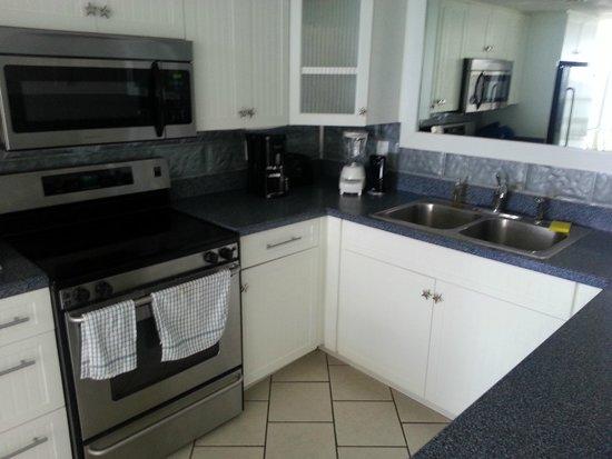 Sundestin Beach Resort : Kitchen
