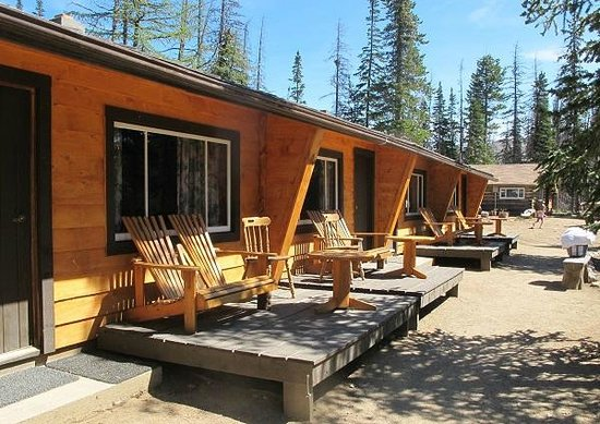 Cathedral Lakes Lodge: Lakeview Cabins