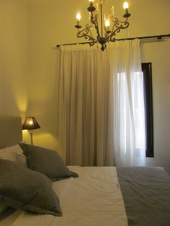 Sweet Home Hotel: chambre